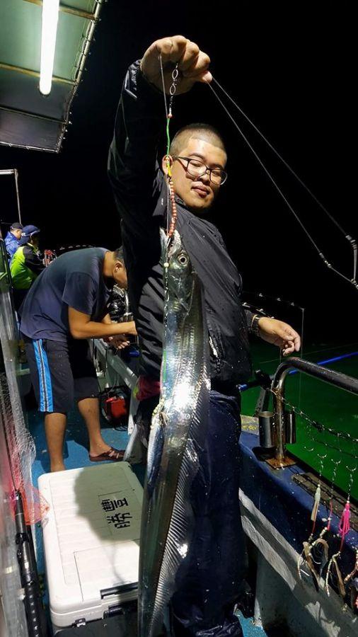 綠島夜釣-釣上斤級以上的白帶魚