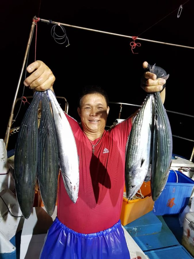 綠島夜釣-大煙仔虎-鰹魚